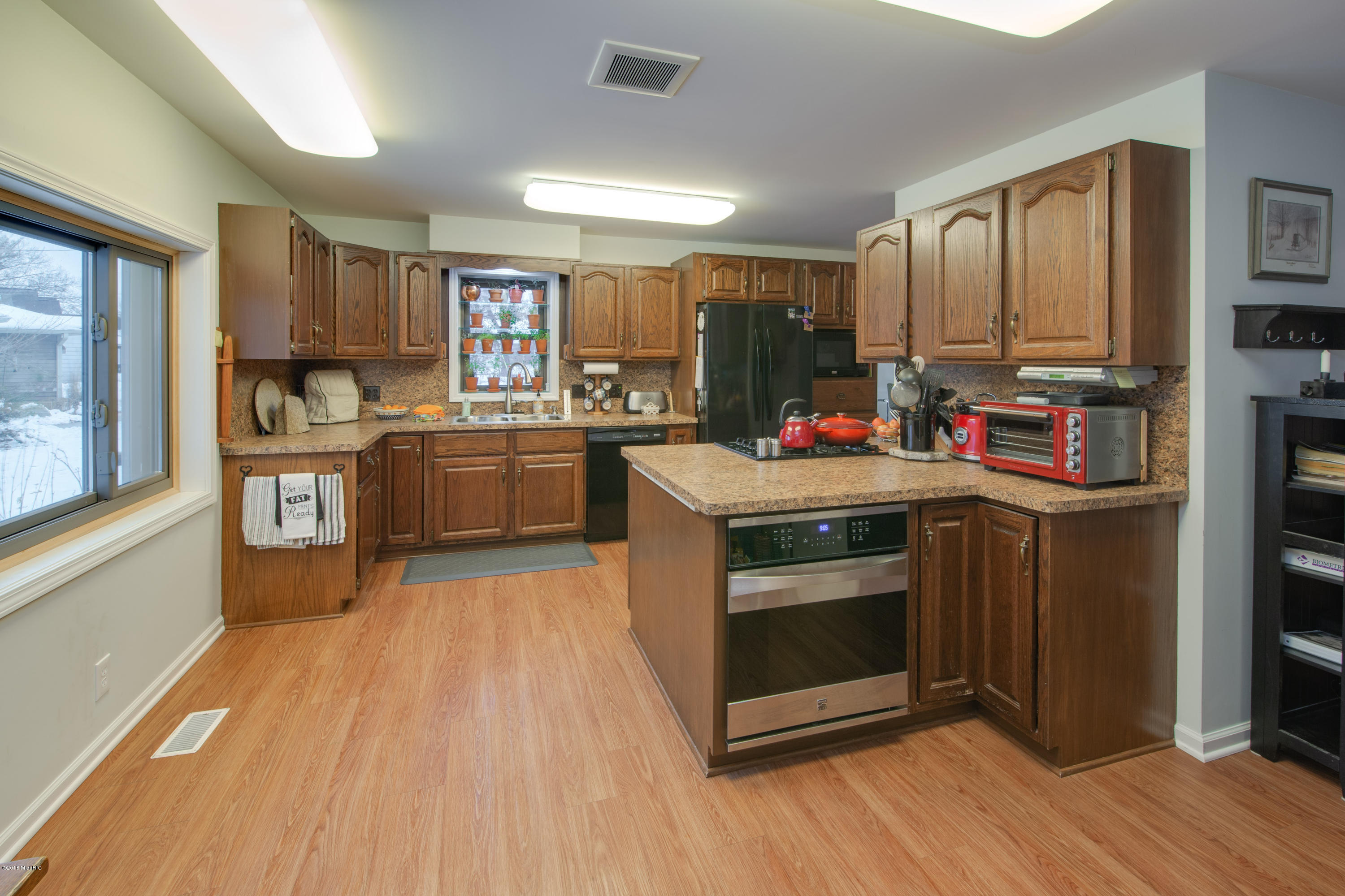 957 Treasure Island , Mattawan, MI 49071 Photo 9