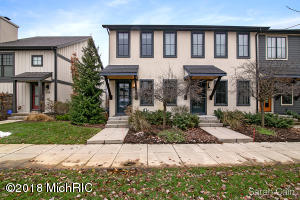 Property for sale at 2210 New Town Drive Unit 48, Grand Rapids,  MI 49525