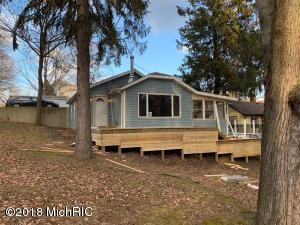 1271 Lake Buchanan, MI 49107