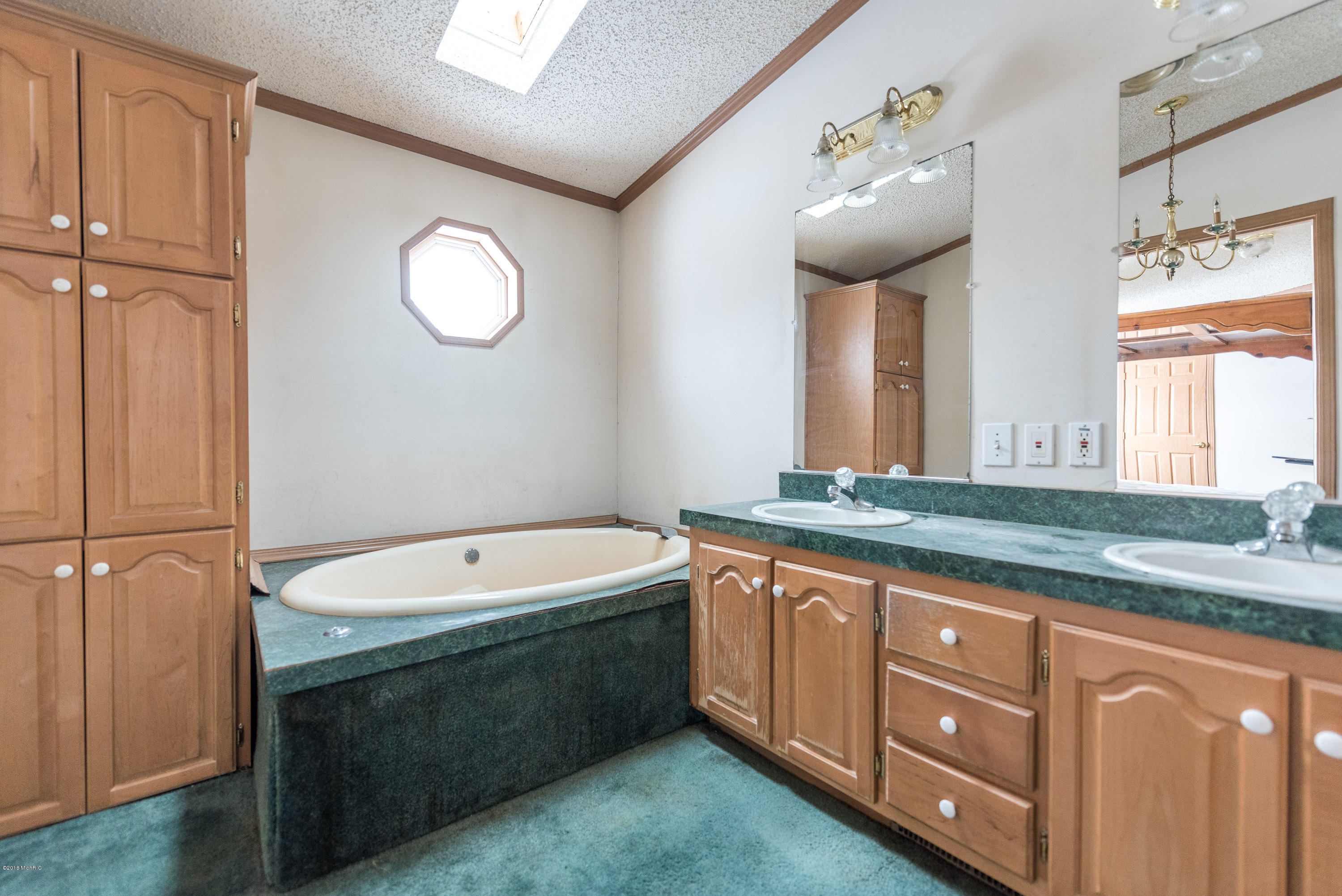 9735 84th Street, Alto, Michigan 49302, 3 Bedrooms Bedrooms, ,2 BathroomsBathrooms,Residential,For Sale,84th,18057369