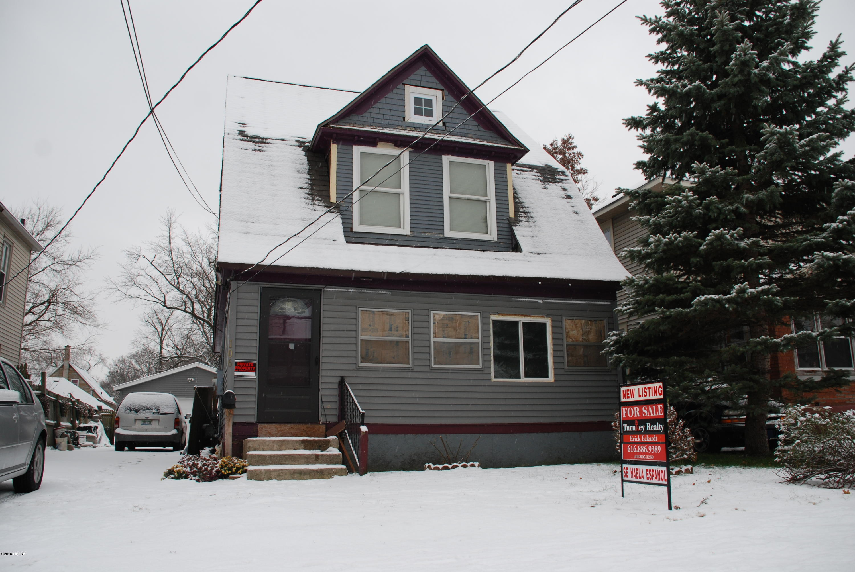 106 Sutton Street, Grand Rapids, Michigan 49507, 3 Bedrooms Bedrooms, ,2 BathroomsBathrooms,Residential,For Sale,Sutton,18057368