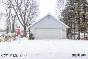 Property for sale at 2617 Mayo Drive, Fremont,  MI 49412