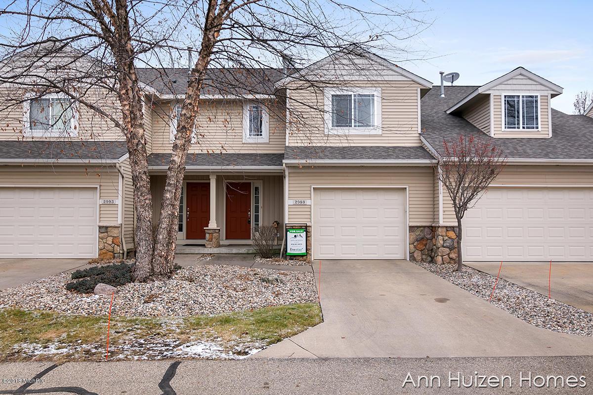 2989 Pebblestone Drive, Hudsonville, Michigan 49426, 2 Bedrooms Bedrooms, ,2 BathroomsBathrooms,Residential,For Sale,Stoney Creek,Pebblestone,18057974