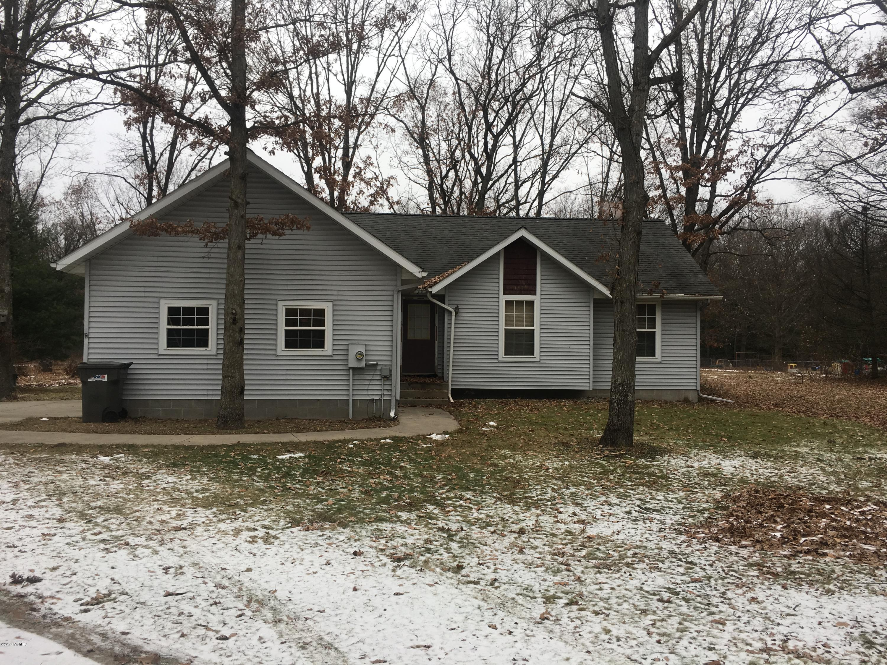 620 Jentina Court, Muskegon, Michigan 49442, 3 Bedrooms Bedrooms, ,2 BathroomsBathrooms,Residential,For Sale,Jentina,18057983
