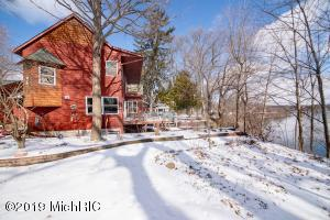 334 Lake Berrien Springs, MI 49103