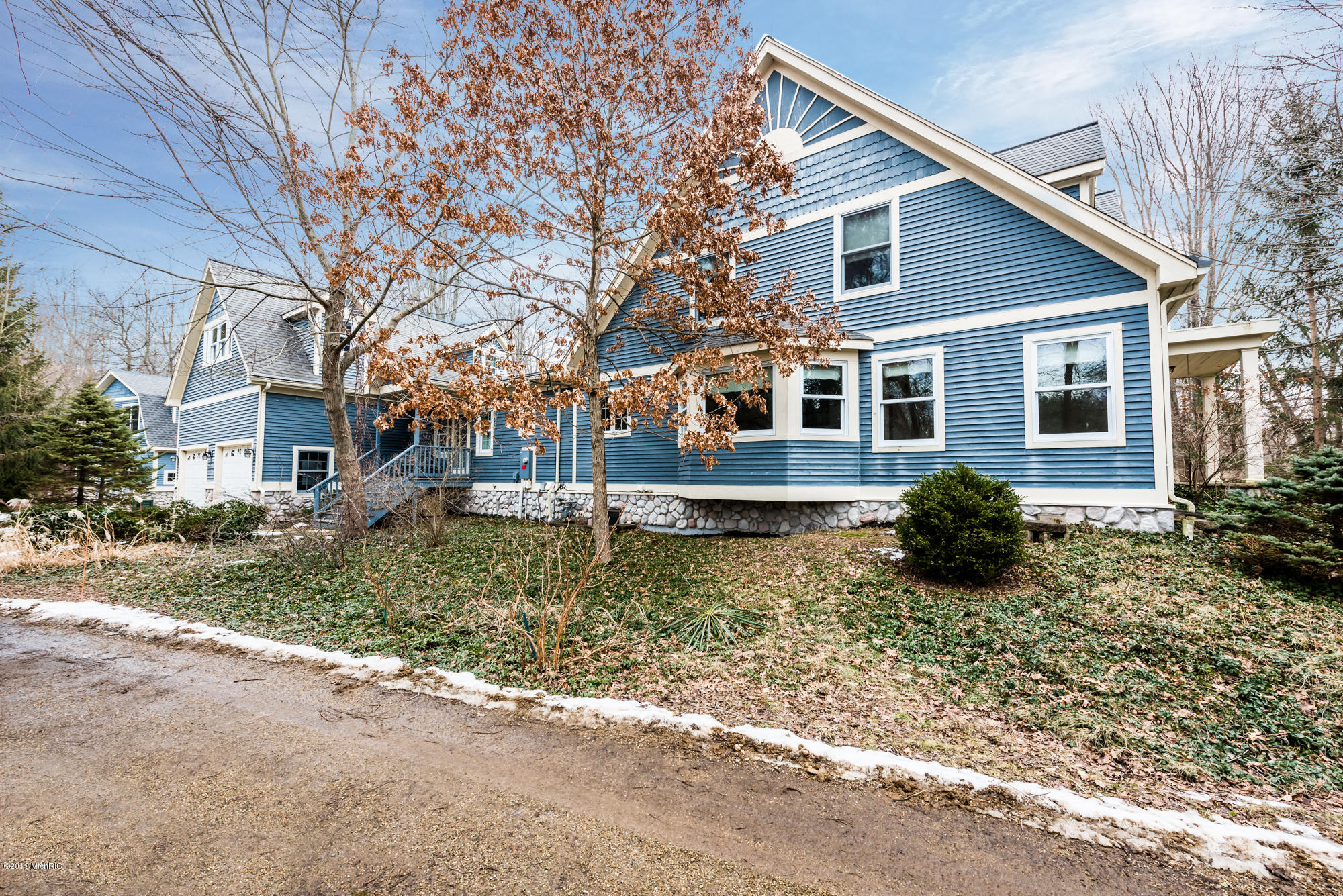 13968 RED ARROW HIGHWAY, THREE OAKS, MI 49128