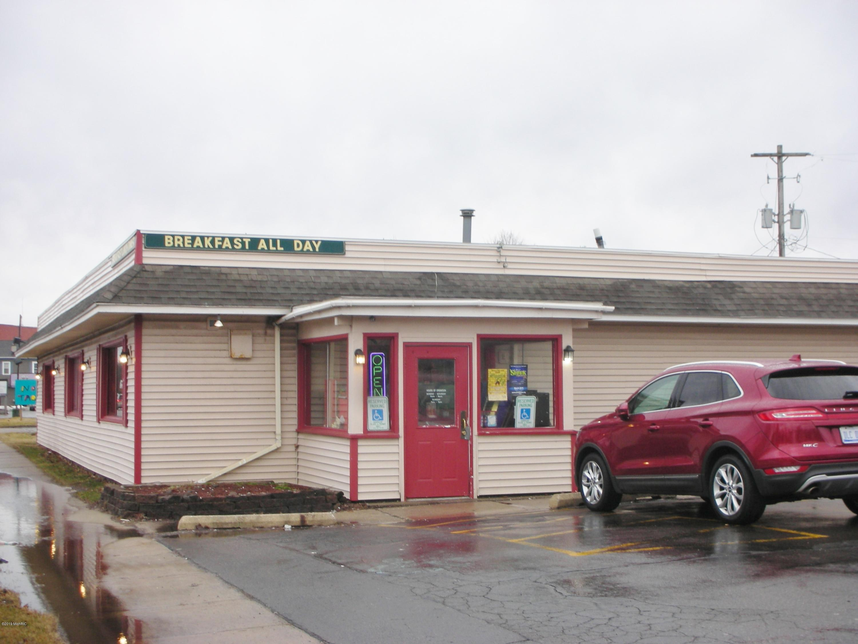 325 Grand Street, Schoolcraft, Michigan 49087, ,Commercial Sale,For Sale,Grand,19009246