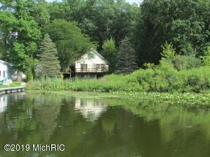 366 Mud Lake Coldwater, MI 49036