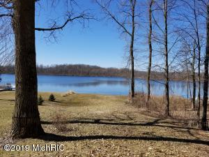 lot 14 Lakeview drive Vandalia, MI 49095