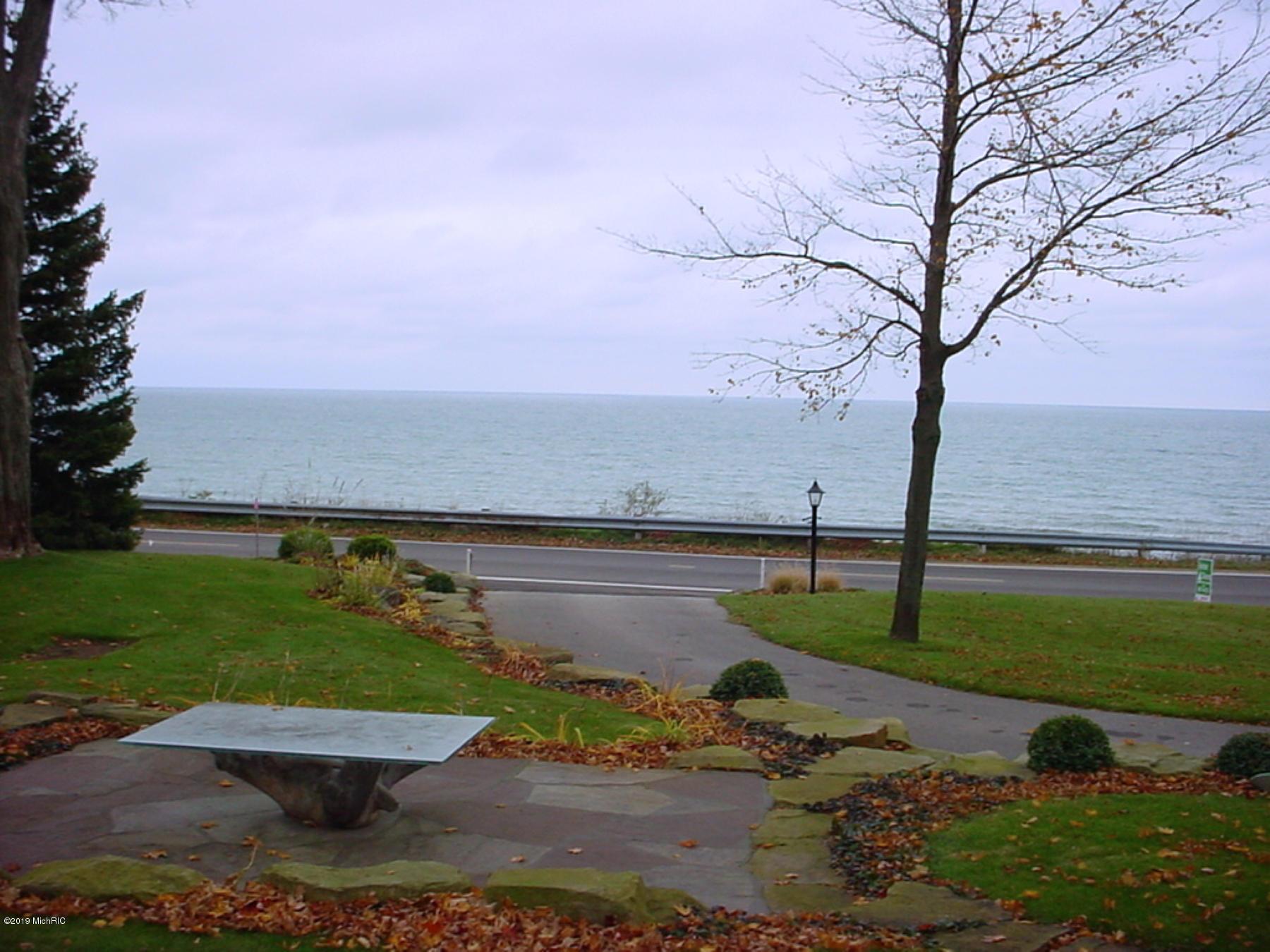2849 Lakeshore Fennville, MI 49408 Photo 14