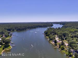 0 Lake B Fruitport, MI 49415