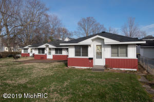 354 North Shore South Haven, MI 49090