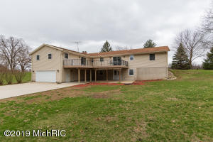 52285 Silver Three Rivers, MI 49093