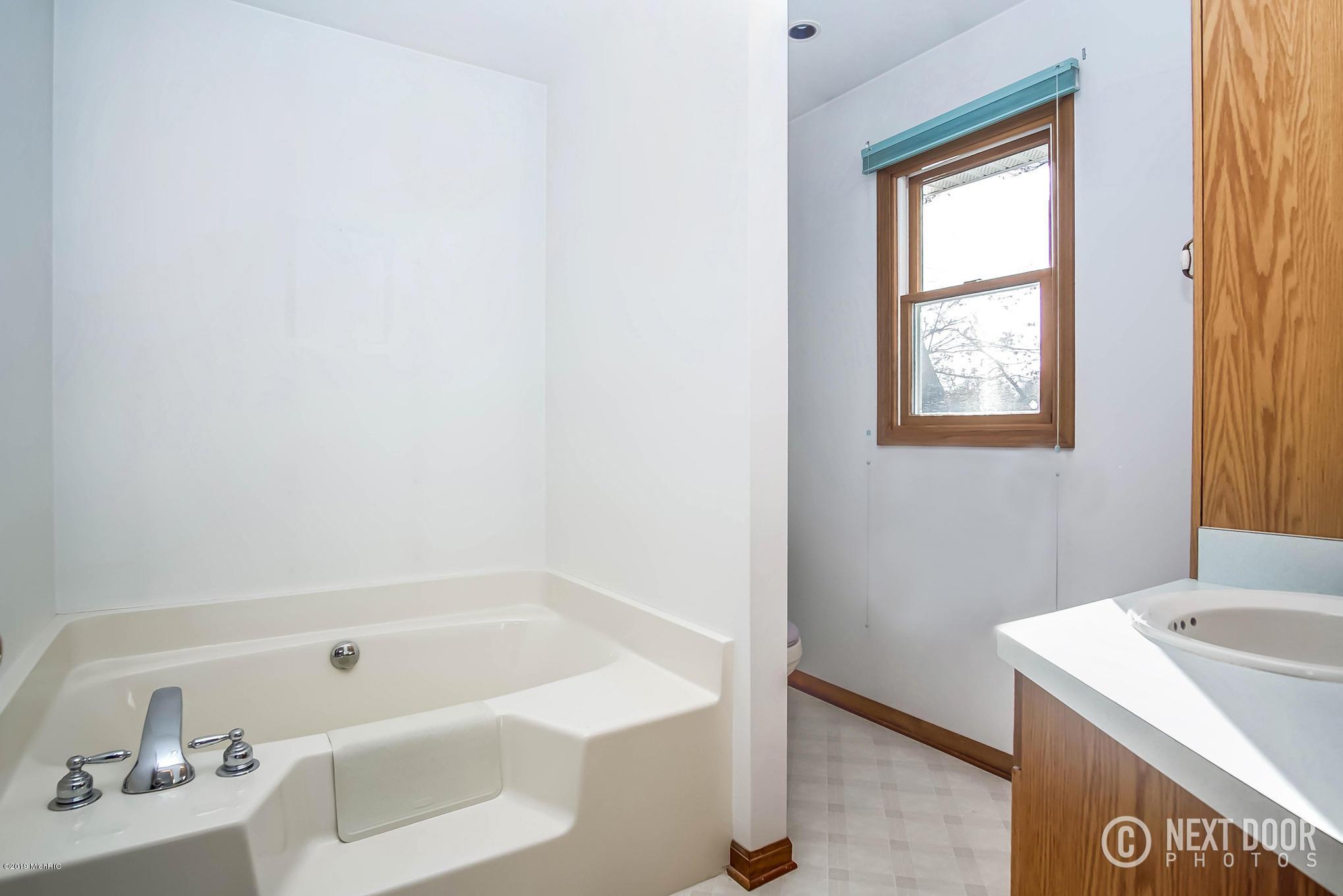 5059 Stella Road, Custer, Michigan 49405, 3 Bedrooms Bedrooms, ,3 BathroomsBathrooms,Residential,For Sale,Stella,19014409