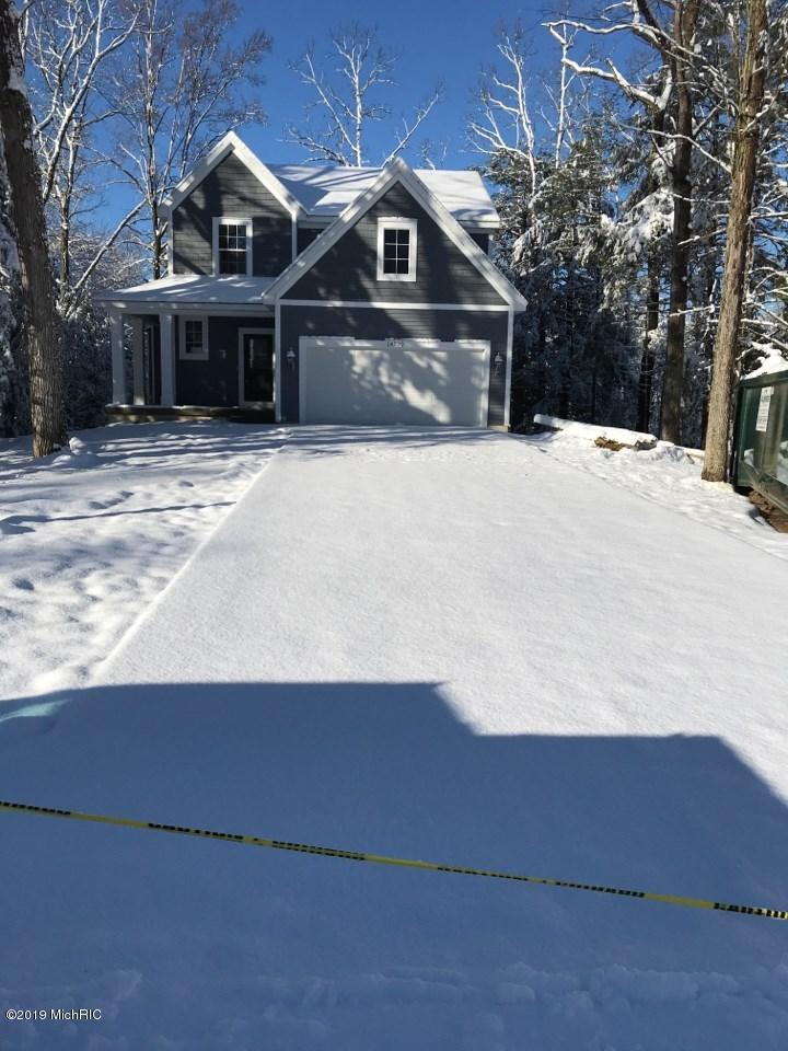14522 Brigham Drive, Grand Haven, Michigan