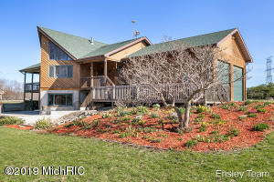 Property for sale at 1778 White Spruce Drive, Sheridan,  Michigan 48884