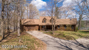 Property for sale at 9320 Ravine Ridge Drive, Caledonia,  Michigan 49316