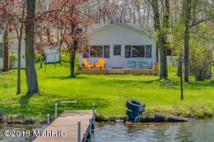 17440 Donnell Lake Vandalia, MI 49095