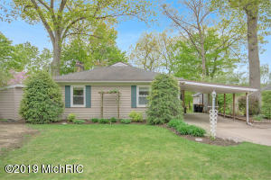 Property for sale at 2757 Cascade Springs Drive, Grand Rapids,  Michigan 49546