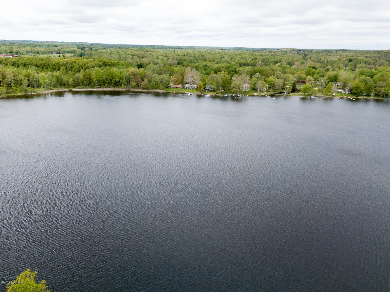 47192 Woodland , Bangor, MI 49013 Photo 33