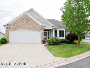Property for sale at 30 Princeton Court, Zeeland,  Michigan 49464