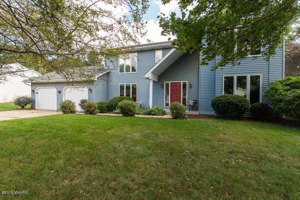 6085 Baywood Drive, Portage, Michigan 49024, 4 Bedrooms Bedrooms, ,3 BathroomsBathrooms,Residential,For Sale,Baywood,19027077