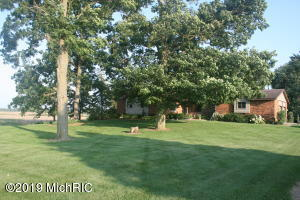 Property for sale at 380 48th Avenue, Zeeland,  Michigan 49464