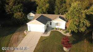 Property for sale at 3528 Sage Creek Drive, Zeeland,  Michigan 49464