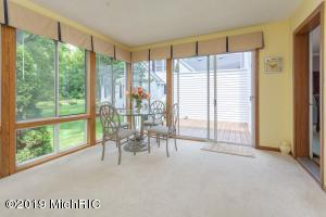 Property for sale at 8259 Wallinwood Springs Drive Unit 10, Jenison,  Michigan 49428
