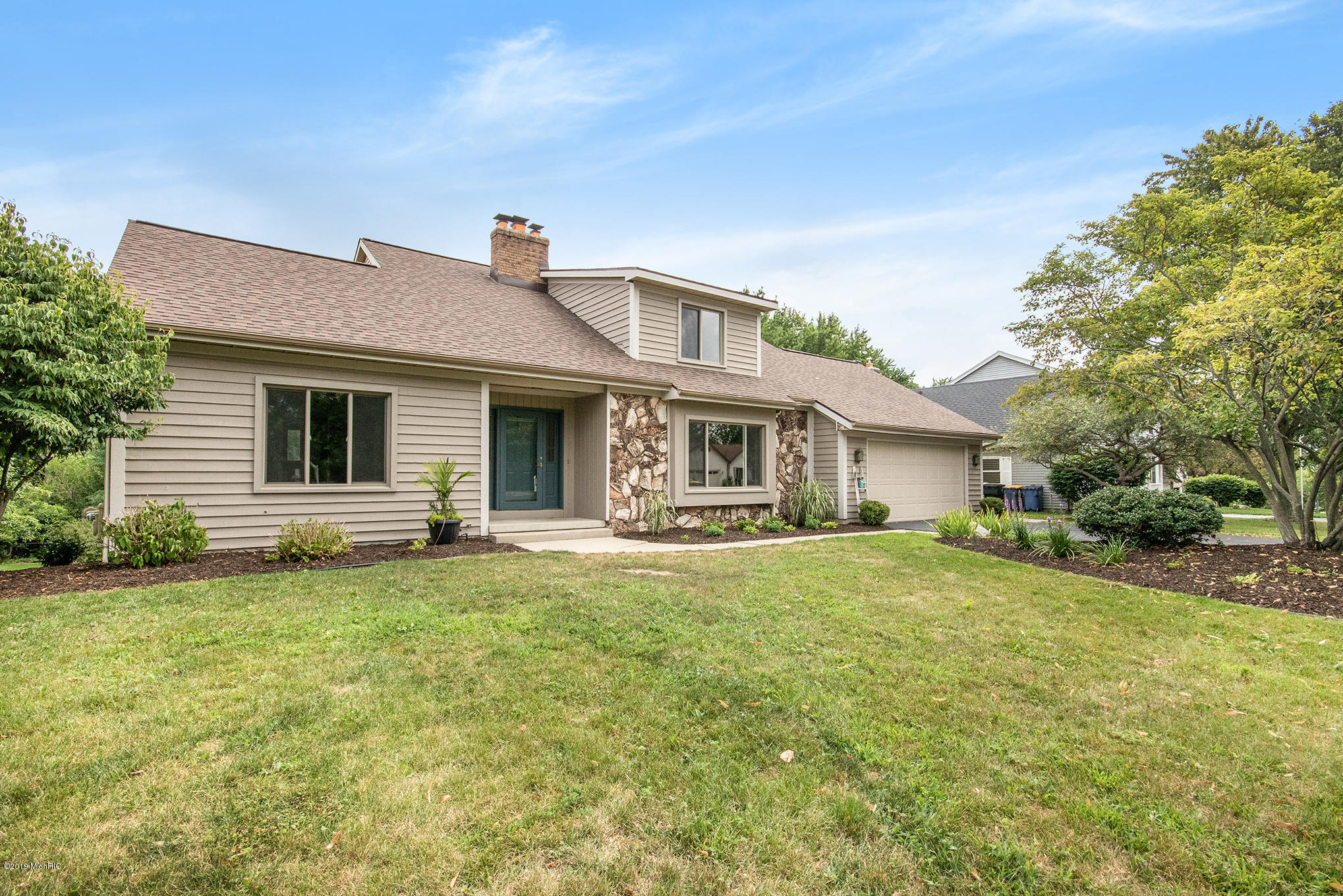 2651 Glencairin NW Drive, Grand Rapids, Michigan