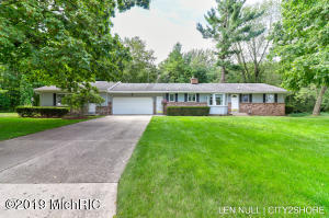 Property for sale at 8921 Norman Drive, Jenison,  Michigan 49428