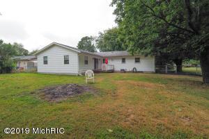 1081 Sir Knight Road, Plainwell, Michigan 49080, 4 Bedrooms Bedrooms, ,2 BathroomsBathrooms,Residential,For Sale,Sir Knight,19040316