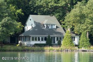 257 Gull Lake Island Richland, MI 49083