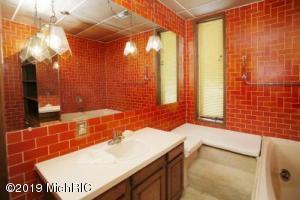 16007 D Avenue, Augusta, Michigan 49012, 1 Bedroom Bedrooms, ,2 BathroomsBathrooms,Residential,For Sale,D,19046241