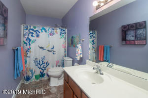 8773 Aveling Way, Richland, Michigan 49083, 3 Bedrooms Bedrooms, ,3 BathroomsBathrooms,Residential,For Sale,Aveling,19046379