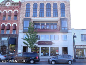 Property for sale at 12 Washington Avenue Unit 10, Grand Haven,  Michigan 49417