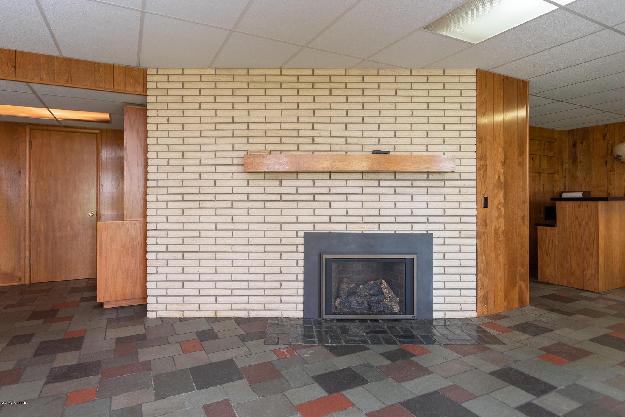 410 Marylynn , Portage, MI 49002 Photo 39