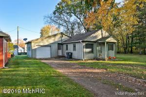 45322 Lake Decatur, MI 49045