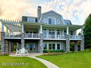 630 Waters Edge South Haven, MI 49090