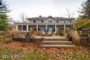 3856 E Gull Lake Hickory Corners, MI 49060
