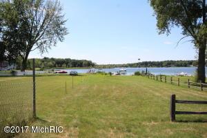 1561 Canal Portage, MI 49002