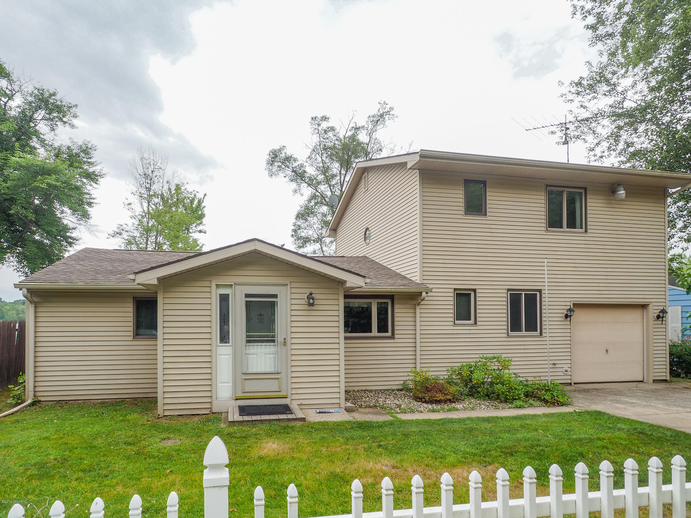 27357 2nd , Allegan, MI 49010 Photo 41