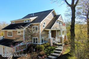 4693 Forest Ridge Holland, MI 49423