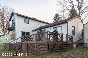 43848 Eagle Lake Paw Paw, MI 49079
