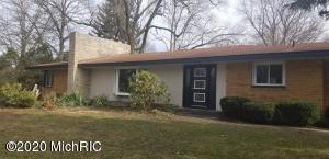 737 Columbia Ave Avenue, Holland, Michigan 49423, 3 Bedrooms Bedrooms, ,2 BathroomsBathrooms,Residential,For Sale,Columbia Ave,20004366