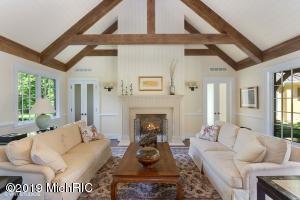 8995 Warren Woods Road, Lakeside, Michigan 49116, 1 Bedroom Bedrooms, ,2 BathroomsBathrooms,Residential,For Sale,Warren Woods,20004367