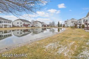 37 Regal Court, Zeeland, Michigan 49464, 3 Bedrooms Bedrooms, ,3 BathroomsBathrooms,Residential,For Sale,Regal,20011321