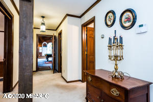 2813 Lakeshore Drive, St. Joseph, Michigan 49085, 5 Bedrooms Bedrooms, ,4 BathroomsBathrooms,Residential,For Sale,Lakeshore,20011660