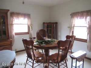 29451 - A M 62, Dowagiac, Michigan 49047, 3 Bedrooms Bedrooms, ,2 BathroomsBathrooms,Residential,For Sale,M 62,20011592