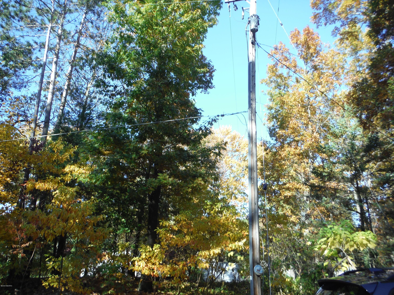 1210 E Crooked Lake , Kalamazoo, MI 49009 Photo 19